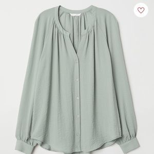 NWT H&M Mint Green Blouse Size 4
